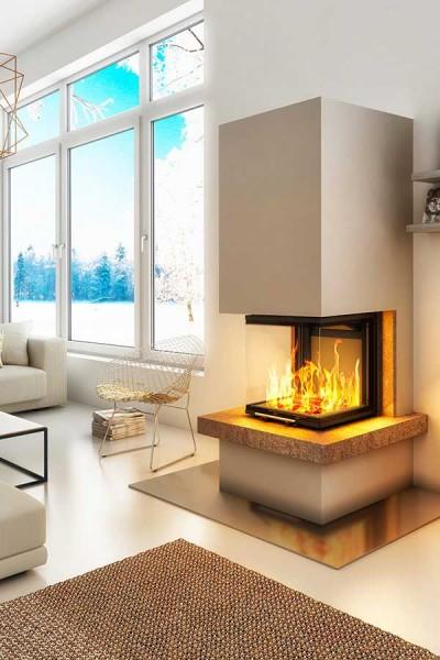 Kaminbausatz DesayoRoyal 7,5KW, Feuer brennt, vor Fenster mit Aussicht